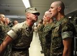 Людям с психическими расстройствами разрешили служить в армии США