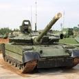 Погоню внедорожника за танком сняли на видео