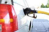 Путин назвал ситуацию с ростом цен на бензин недопустимой
