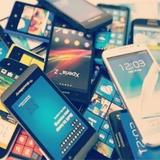 """Ученые изобрели суперматериал для смартфонов - с возможностью """"регенерации"""""""
