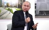 Путин пошутил, что займется хоккеем после президентства