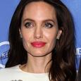 Источники: Анджелина Джоли задумала сыграть свадьбу в Камбодже