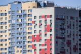Дурачились на балконе: очевидица видела упавших с 17-го этажа девочек за минуты до трагедии