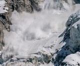Выжившая после схода лавины в Хибинах девочка умерла