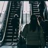 Трехлетнюю девочку затянуло в эскалатор московского метро
