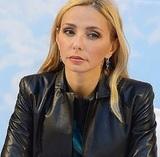 В Каннах Татьяна Навка продемонстрировала округлившийся животик