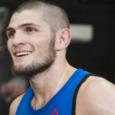 Россиянин впервые стал чемпионом турнира UFC