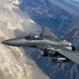 СМИ: корабли и самолеты США заняли позиции для атаки на Сирию