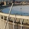 В Петербурге при демонтаже обрушилась крыша спортивного комплекса, под завалами могут быть люди