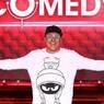 Полиция задержала звезду Comedy Club за езду по встречке в Москве - СМИ
