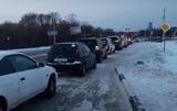 В Хабаровске из-за дефицита бензина начали продавать места в очереди на АЗС