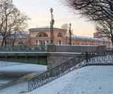 Петербургские власти запретили работу кафе в новогодние праздники