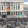 В Петербурге эвакуируют 16 торговых центров