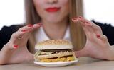 Учёные рассказали, чем грозит любовь к гамбургерам
