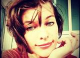 Недавно родившая Мила Йовович призналась, что ей сложно быть многодетной мамой