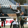 Помощника тренера женской сборной России по волейболу «записали» в расисты