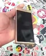 Samsung представила новый телефон-раскладушку