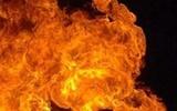Крупный пожар охватил сразу три  жилых дома в Тюмени