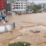 В Непале в результате наводнения и оползней погибли 65 человек