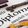 В США пенсионерке вручили диплом спустя 75 лет после учебы