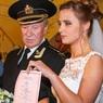 Брак 85-летнего Ивана Краско с молодой актрисой не дает покоя артисту