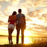 Ученые выяснили, как часто молодежь занимается сексом и меняет партнеров