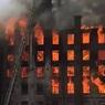 """В Петербурге горит здание """"Невской мануфактуры"""""""