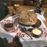 В Москве на ВДНХ в можно увидеть как Блинобот печет блинчики