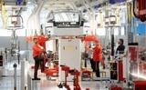 Компания Tesla сокращает 9% своего персонала