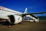 СК возбудил дело после падения пассажиров с трапа в аэропорту Барнаула
