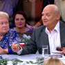 91-летнюю Александру Пахмутову и 92-летнего Николая Добронравова госпитализировали с COVID