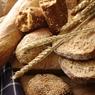 СМИ: Пенсионеры проклинают предпринимателя, раздающего бесплатный хлеб