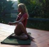 59-летняя Лариса Вербицкая в плавках продемонстрировала девичью фигуру
