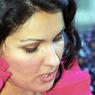 Анна Нетребко выхаживает мужа, перенесшего серьезную операцию