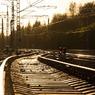 Шесть человек пропали в Китае после схода поезда с рельсов