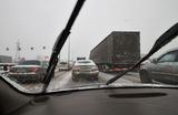 Из-за непогоды Москву сковали многокилометровые пробки