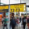 После избиения сотрудника авиакомпании опоздавшим пассажиром проводится проверка