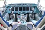 Отстранен от полетов: в ИрАэро наказали пилота, отдавшего девушке штурвал самолета