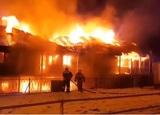 В Ивановской области сгорел отель на воде
