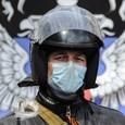 Ополченцы согласились пропустить украинских солдат, но без оружия