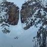 На Камчатке произошёл обвал льда, под завалами оказались люди