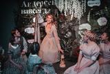 Первый в мире семейный иммерсивный спектакль покажут в Москве