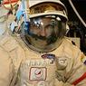 Российские космонавты получат новые скафандры с климат-контролем