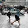 Мэр Москвы заявил горожанам: Ливневые дожди нормально переносит 99% территории города