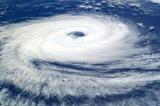 """Ураган """"Флоренс"""" обрушился на побережье США"""