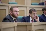 """В 22 российских городах прошли обыски по """"делу Арашуковых"""""""