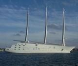 Российский миллиардер Мельниченко спустил на воду самую большую парусную яхту в мире