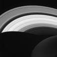 Астрономы исследуют странную геометрическую фигуру на Сатурне