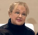 Актриса Наталья Гвоздикова обратилась к своему духовнику, но тот запретил ей посещать храм