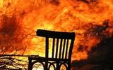 В Ростове-на-Дону огонь охватил десятиэтажное здание гостиницы